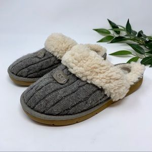 UGG Cozy Gray Cable Knit Slip On Slipper 7